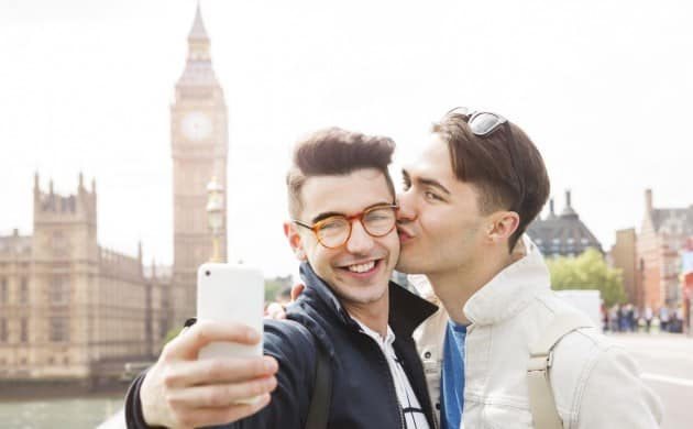 5 Gay Travel Apps You Should Download Now
