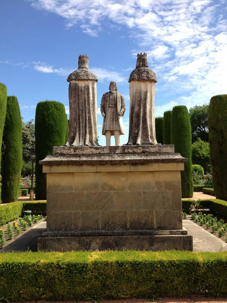Figures representing the meeting of Columbus with Ferdenando and Isabel at the Alcázar in Córdoba