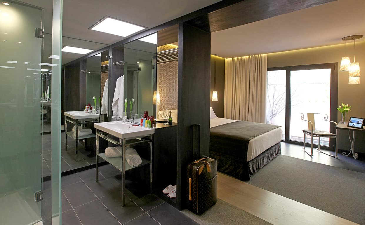 Win A Free Stay At Axel Hotels In Barcelona Madrid